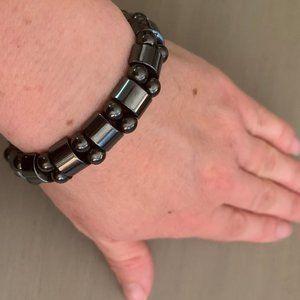 Jewelry - Chunky hematite statement bracelet